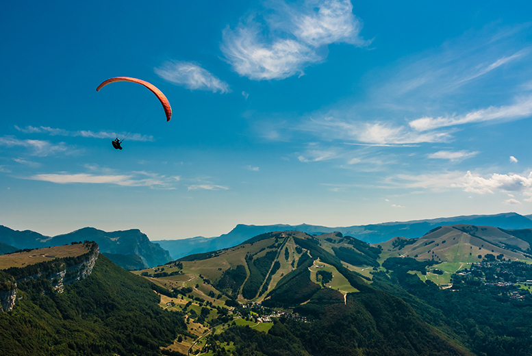 £79 for a paragliding experience for one person, £149 for two people at Sunsoar Paragliding, Kirkby - save up to 55%