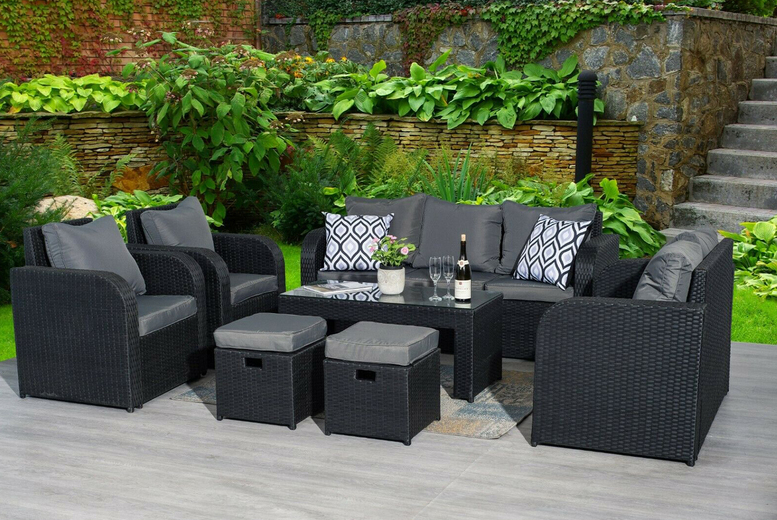9 Seater Rattan Sofa & Chairs Garden Furniture Set – 3 Colours! (£649)