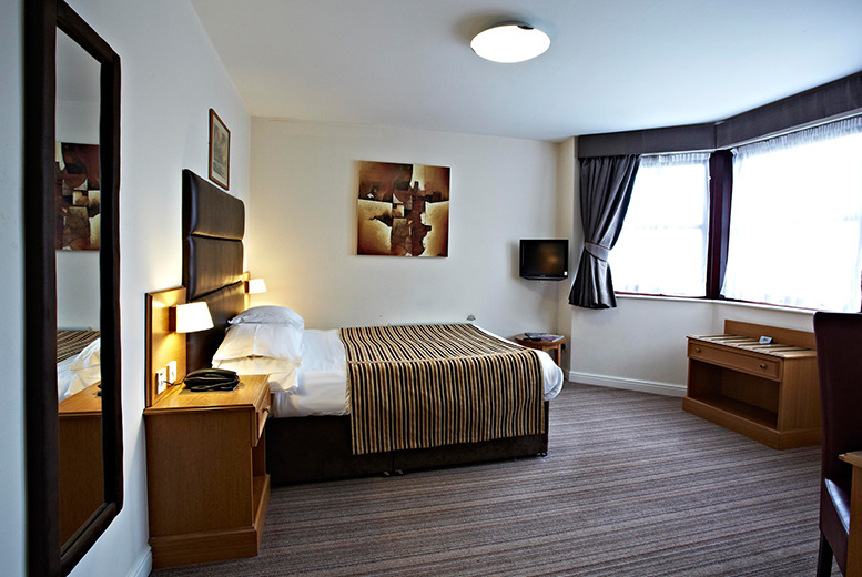 £29 (at the Dubrovnik Hotel, Bradford) for a 1nt stay for 2, £39 inc. b'fast, £99 for a 2nt stay inc. b'fast, dinner and bubbly - save up to 47%