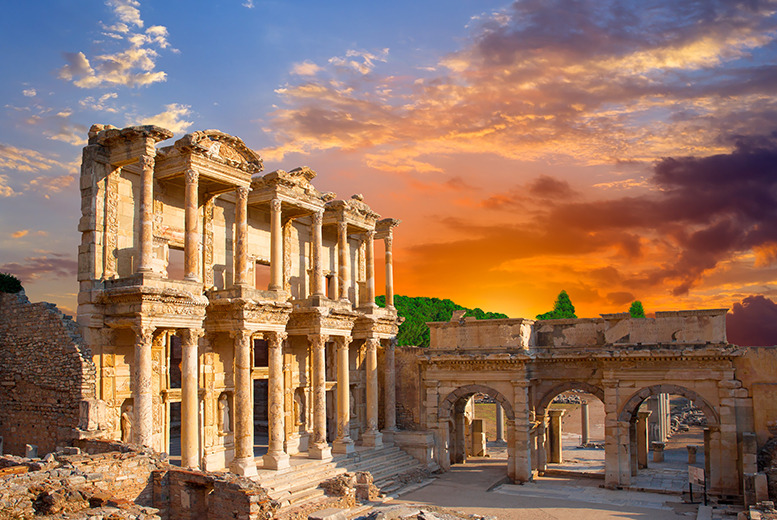 From £629pp (from 118 Cruise) for an Eastern Mediterranean cruise package inc. 10nts full board, 2nts in Rome and return flights!