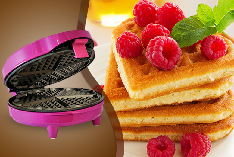 £14.99 instead of £26 for a Gourmet Gadgetry waffle maker from Wowcher Direct - save 42%