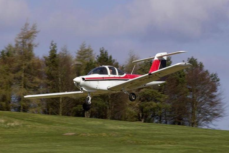 £99 for a 1-hour introductory flying experience inc. 6-month club membership at Go Fly Oxford