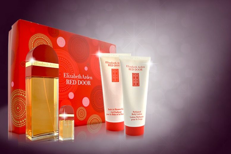 £29.99 instead of £49.99 (from Look 'N' Style) for a 4-piece Elizabeth Arden Red Door beauty set - save 40%
