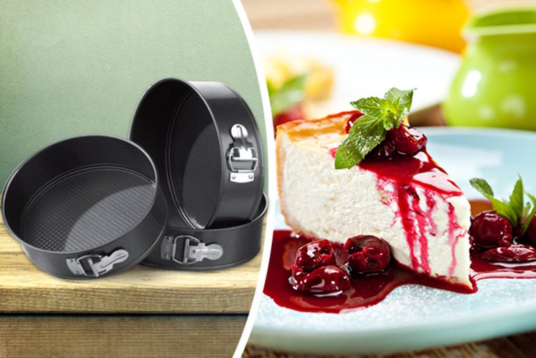 £7 instead of £21.96 for a 3-piece non-stick baking set from Wowcher Direct - save 68%