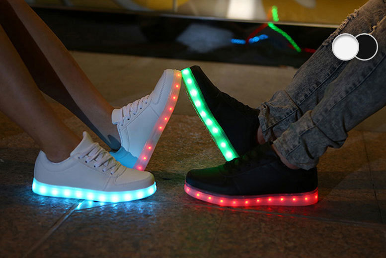 £19 instead of £116 (from Kequ World) for a pair of light-up LED trainers - choose either black or white and save 84%