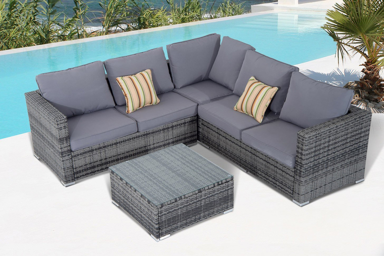 Polyrattan Outdoor Corner Set (£799)