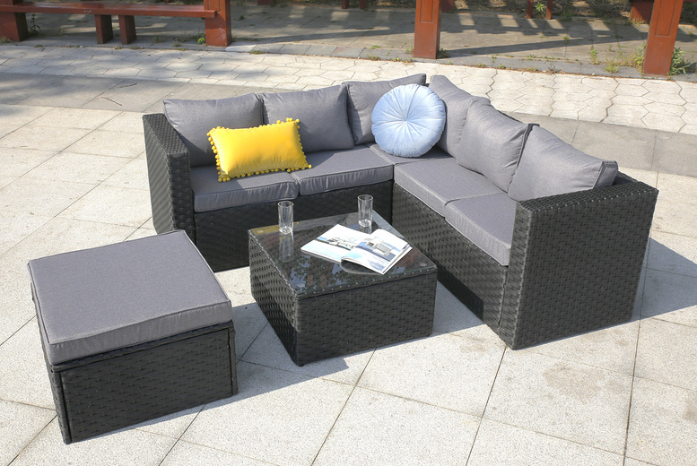 6-Seater Corner Garden Rattan Furniture Set (£499)