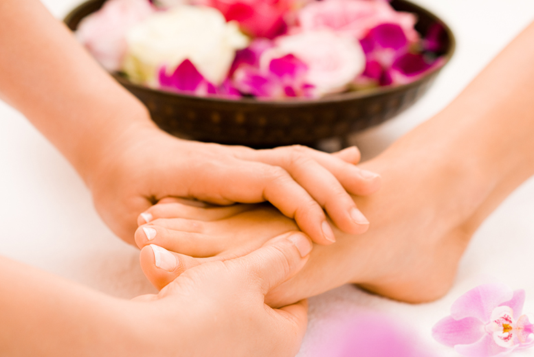 £16 for an invigorating foot ritual treatment at Adorez, Manchester - treat your tootsies