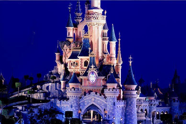 £129 for a Disneyland® Halloween Festival day trip with entrance ticket and return coach from a choice of 11 locations, or opt for a Bonfire Night day trip - save 24%