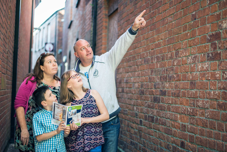 £8.50 instead of up to £11.48 for a personalised self-guided town or city 'treasure trail' from Treasure Trails - create a fun day out and save up to 26% + DELIVERY IS INCLUDED