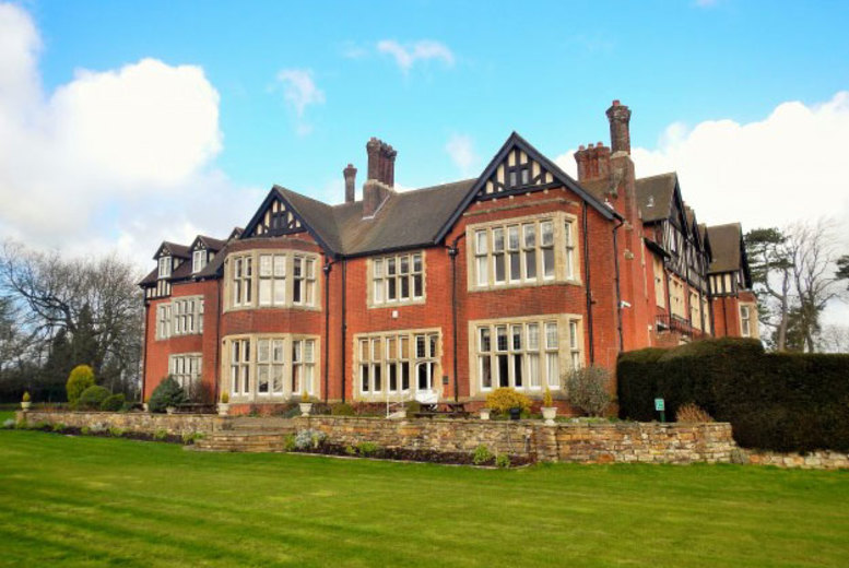 £17 instead of £37 for an afternoon tea for two people, or £33 for four people at Scalford Hall Hotel, Leicestershire - save up to 54%