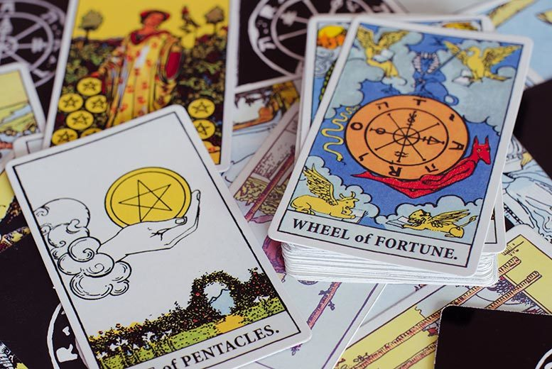 £4 instead of £19.99 for a tarot card reading via email with Tarot Card Readings - see into the future and save 80%