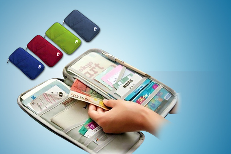 £5 instead of £34.99 (from Emyub) for a blue, green, burgundy or black passport holder, or £8 for two - save up to 86%
