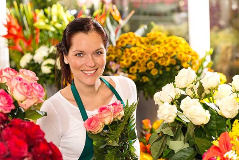 £29 for a table arranging workshop for 1, £99 for a Mother's Day workshop or £189 for 2 at Janet Edwards Floristry - save up to 76%