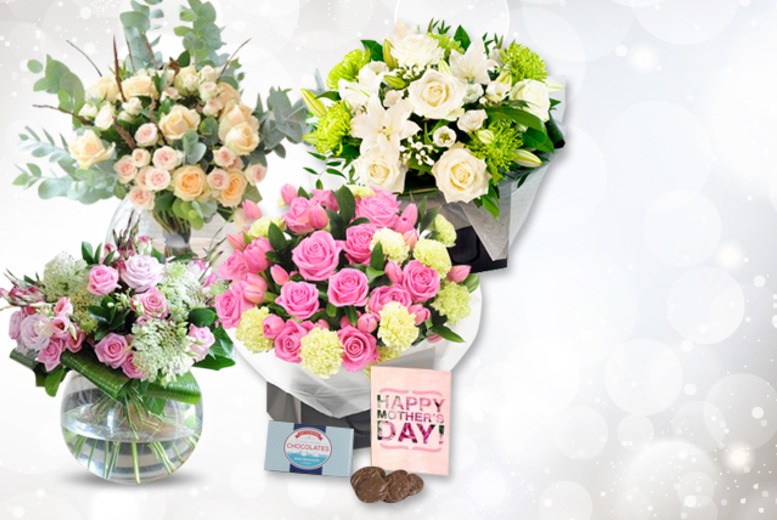 £24.95 instead of £49.90 (from iFlorist) for a bouquet of roses, box of chocolates and a personalised Mother's Day card - save 50%