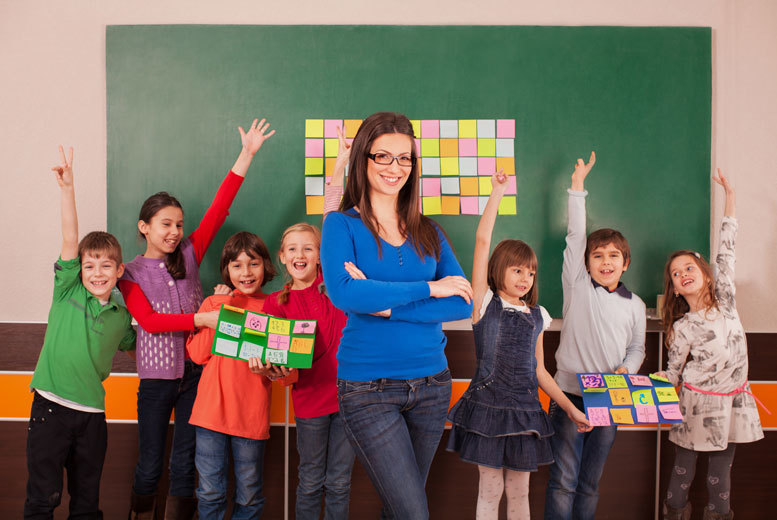 £19 (from Oplex Careers) for a teaching phonics course