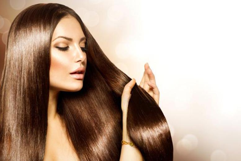 £59 for an intensive 4-hour nano or micro ring hair extension course inc. certificate and goody bag with Glamorous Lengths, Finchley