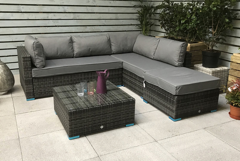 Selcan Rattan Corner Sofa Set – 2 Colours! (£799)