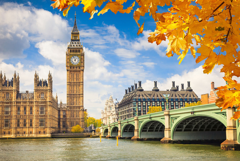£9.50 instead of up to £19 for one ticket to a 3-hour London Panorama open top bus tour with Golden Tours - see London's iconic sights and save up to 50%