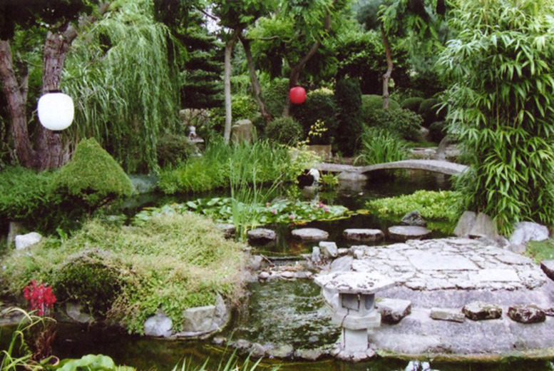 £8 instead of £14 for entry for 2 to Pure Land Japanese Gardens, nr. Newark, inc. entry to the Crystal Garden - save 43%