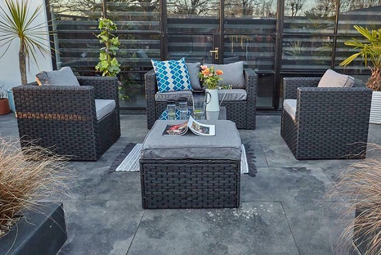 5 Seater Rattan Garden Furniture Set with Optional Cover (£539)