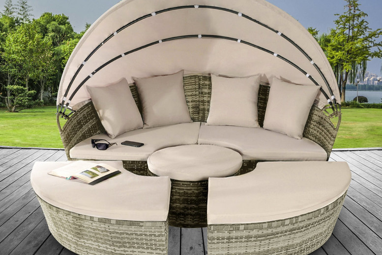 Sun Island Rattan Daybed Lounger & Table – 2 Sizes & 3 Colours! (£439)