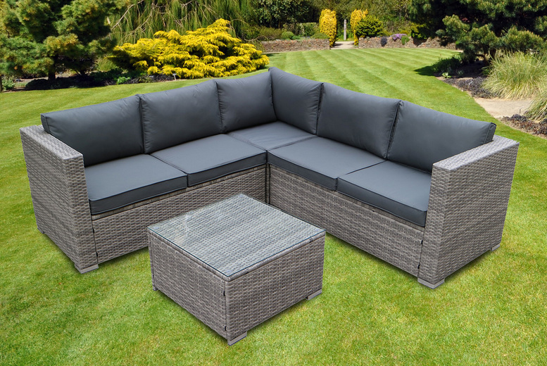 5-Seater Temple Garden Rattan Furniture Set – 2 Colours! (£369)