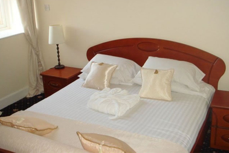 From £39 (at Adamton Country House Hotel, Prestwick) for a 1-night stay for 2 inc. dinner and breakfast, or from £69 for 2