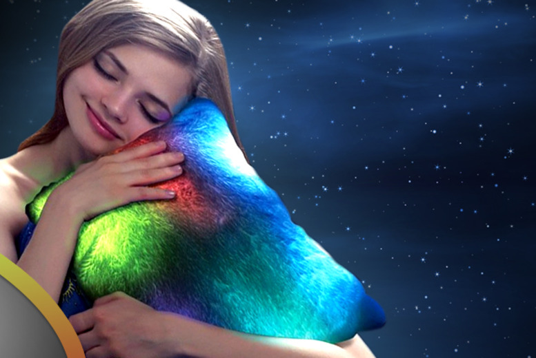 £11.99 instead of £24.99 (from AMS Global) for a light up  pillow with faux-fur cover – sleep peacefully & save 52%