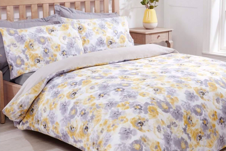 £12.9999 (from Five Minutes More) for a Sleepdown floral ochre bedding set – choose between a double and king!