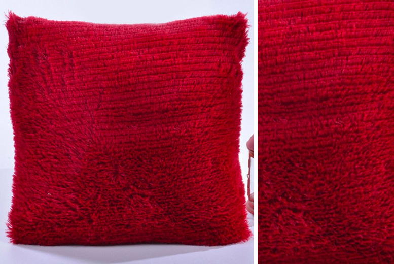 £8.99 instead of £19.99 for a shaggy cushion cover from Backtogoo – save 55%