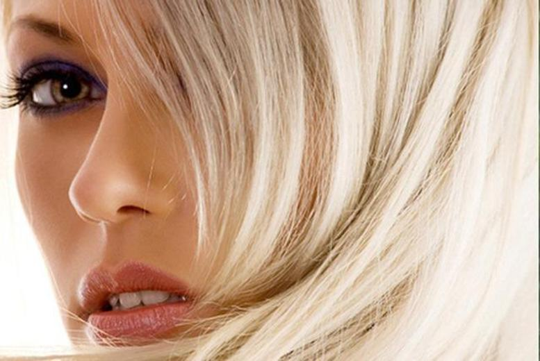 £39 for a full head of highlights, cut and blow dry at Alan Lawrence, Barnet