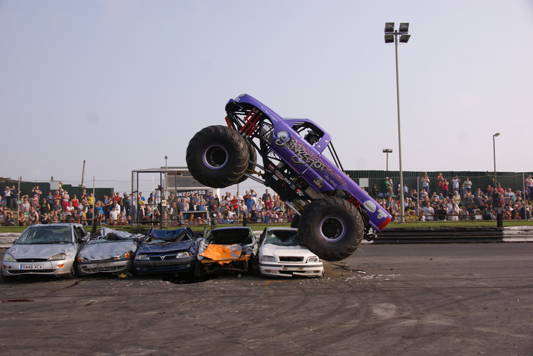£14 for 2 adult tickets to Monster Truck, Stunt Bikes & Banger Caravans event, £18 for a family ticket at Skegness Stadium - save up to 50%