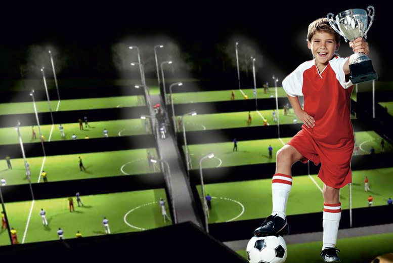 £49 instead of up to £120.75 for a children's football party for up to 10 from Goals Soccer Centres, Hull or Liverpool North - save up to 59%