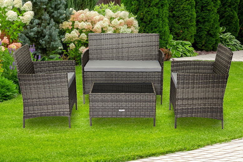 4-Seater Rattan Outdoor Furniture Set – Grey, Brown or Black! (£149)
