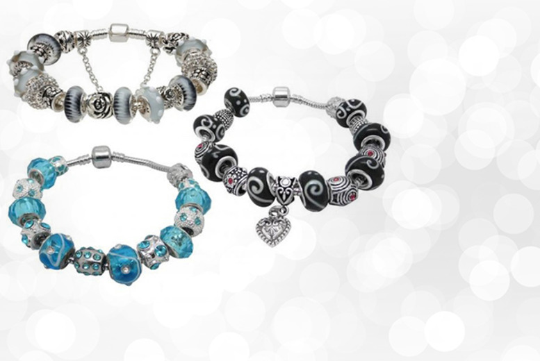 £12 instead of £50 (from Cian Jewels) for a charm bracelet with Murano beads in your choice of 9 colours - save 76%
