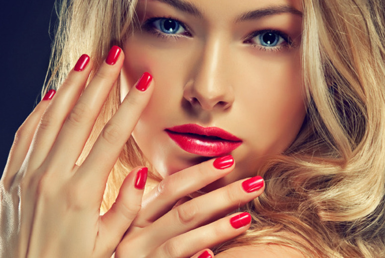 £18 instead of £46 for a luxury manicure and pedicure treatment at USA Star Nails, Hampstead - save 61%