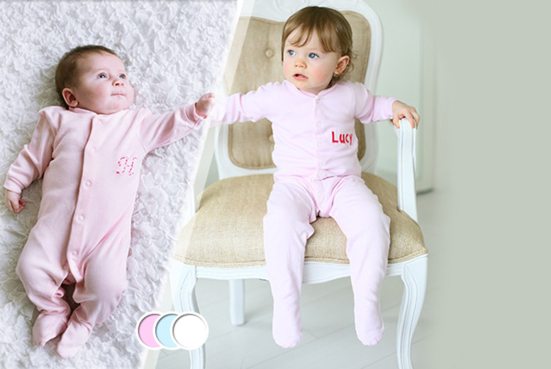 £8.99 instead of £21 (from The Early Years Boutique) for a personalised babygrow in a choice of colours - save 57% + FREE DELIVERY!