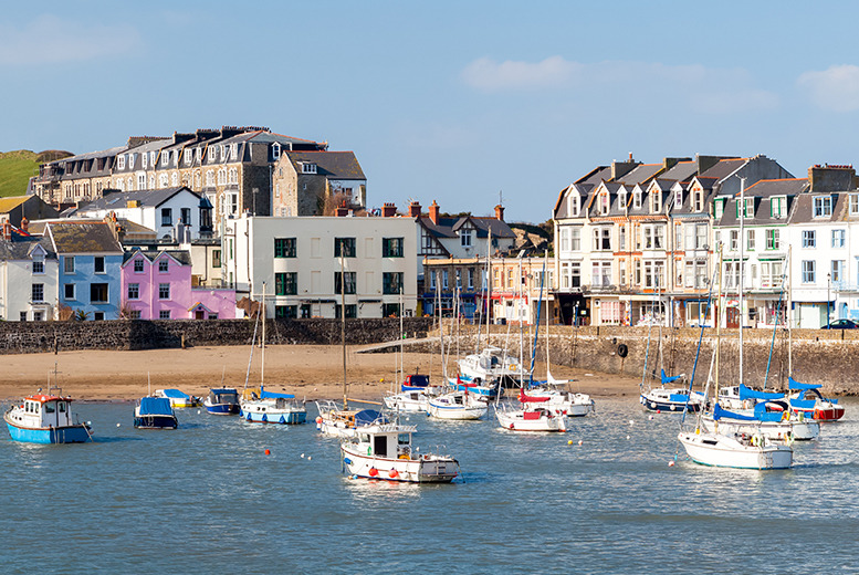 £89 for a 2nt stay for 2 inc. breakfast and a 4-course dinner on your first night at The Grosvenor Hotel, Ilfracombe, Devon - save up to 63%