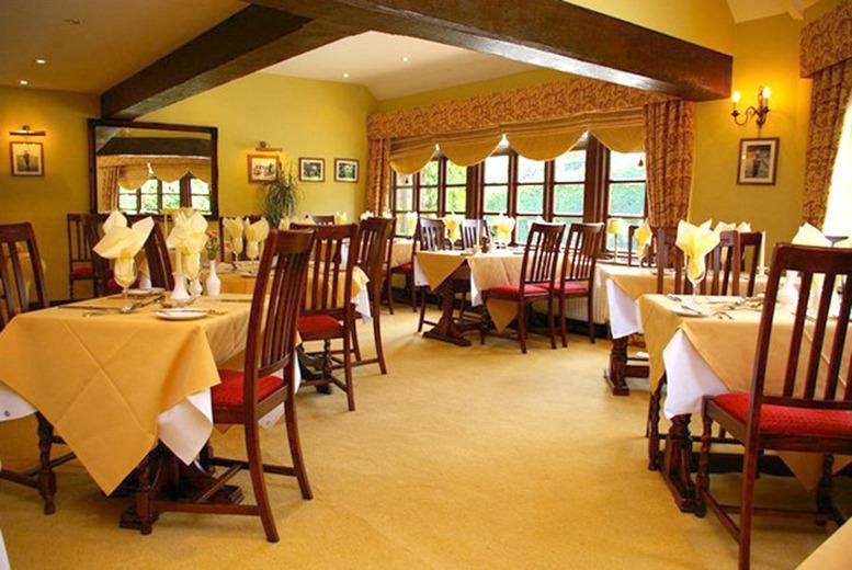 £39 instead of up to £125 for a 1nt break for 2 inc. breakfast at The Crown at Hopton, £79 for