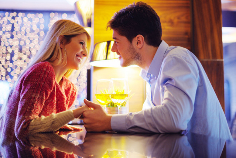 £8 instead of up to £20 for a speed dating night or singles' event for men and women at a choice of London venues with Date in a Dash - save up to 60%