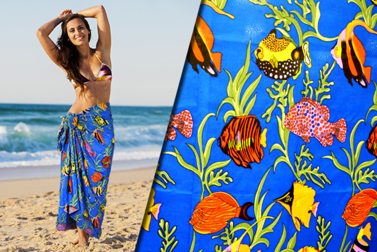 £7.99 for a colourful fishes Pareo beach wrap from Wowcher Direct + DELIVERY INCLUDED