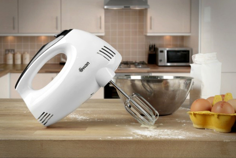£14.99 instead of £24.95 for a Swan 5-speed hand mixer from Wowcher Direct - whip it, whip it good and save 40%