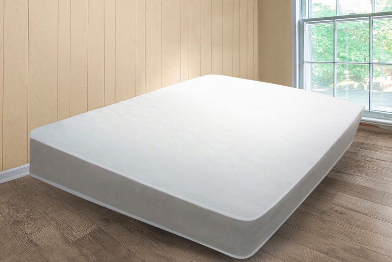 From £20 instead of £30 for a 13.5 gauge open coil spring mattress in small single, single, small double, double or king from UKFurniture4u – save up to 33%