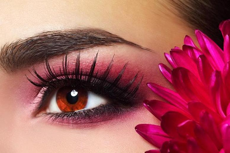 £119 instead of £300 for semi-permanent eyebrow makeup at The Beauty Clinic, Hammersmith - save 60%