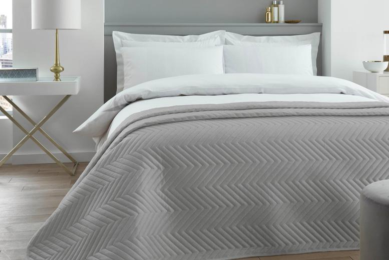 velvet-touch-bedspread