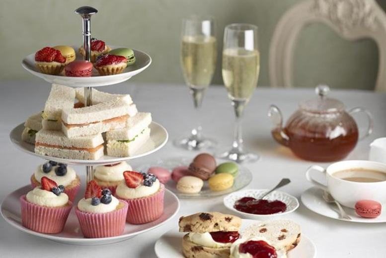 £17 instead of £34.95 for a sparkling afternoon tea for 2 inc. a glass of bubbly each, or £29 for 4 at Dakota Hotel - save up to 51%