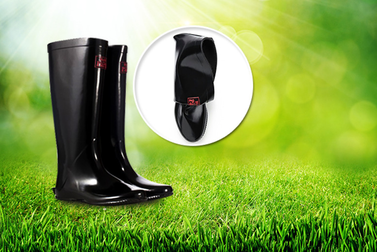 £18 instead of £59.99 (from Shoeprimo) for a pair of Shoeprimo Walk In The Park foldable wellies - save 70%