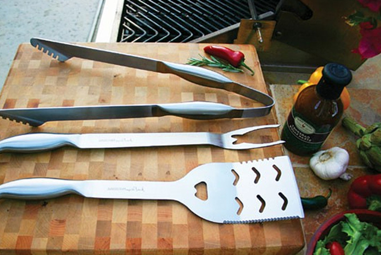 £16.99 instead of £34.99 (from Jean Patrique) for 3-piece chef's BBQ utensil set - save 51%