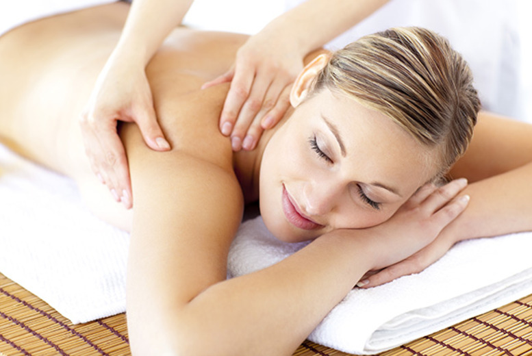 £19 for a 1-hour head, back, neck & shoulder aromatherapy massage plus a 40-minute manicure & pedicure at Selina's Beauty Bar, Smethwick - save up to 68%